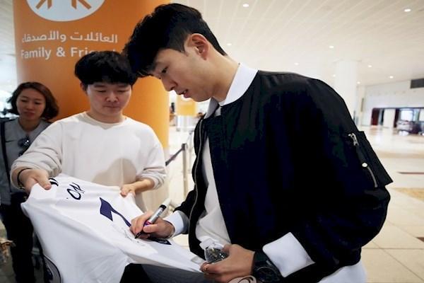 سون پس از رسیدن به امارات: به تنهایی نمی توانم کره را قهرمان کنم