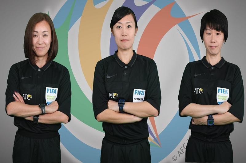 داوران زن ژاپنی در آستانه جاودانگی در قلب فوتبال آسیا