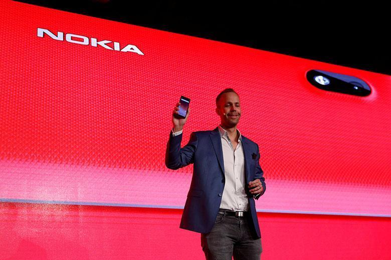 فنلاند در حال آنالیز ادعای ارسال اطلاعات گوشی های نوکیا 7 به سرورهای چینی است