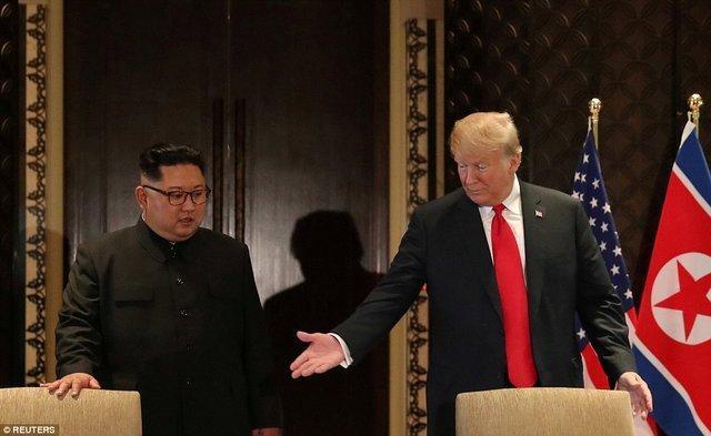 ترامپ: کره شمالی موشک مالی می گردد