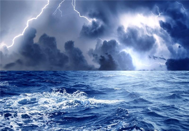 زاهدان، صیادان فراساحل از تردد به محدوده طوفان خوداری کنند