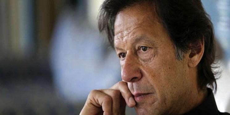 عمران خان: در خصوص کرونا روزانه به مردم اطلاع رسانی کنید