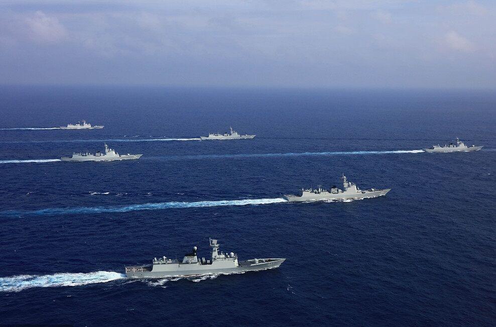 ارتش چین به ناوشکن آمریکایی هشدار داد