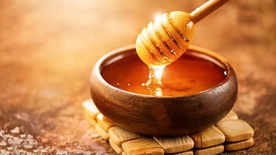 6 مزیت باور نکردنی عسل برای کاهش وزن