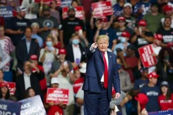 ترامپ گردهمایی های انتخاباتی اش را تلفنی برگزار می کند