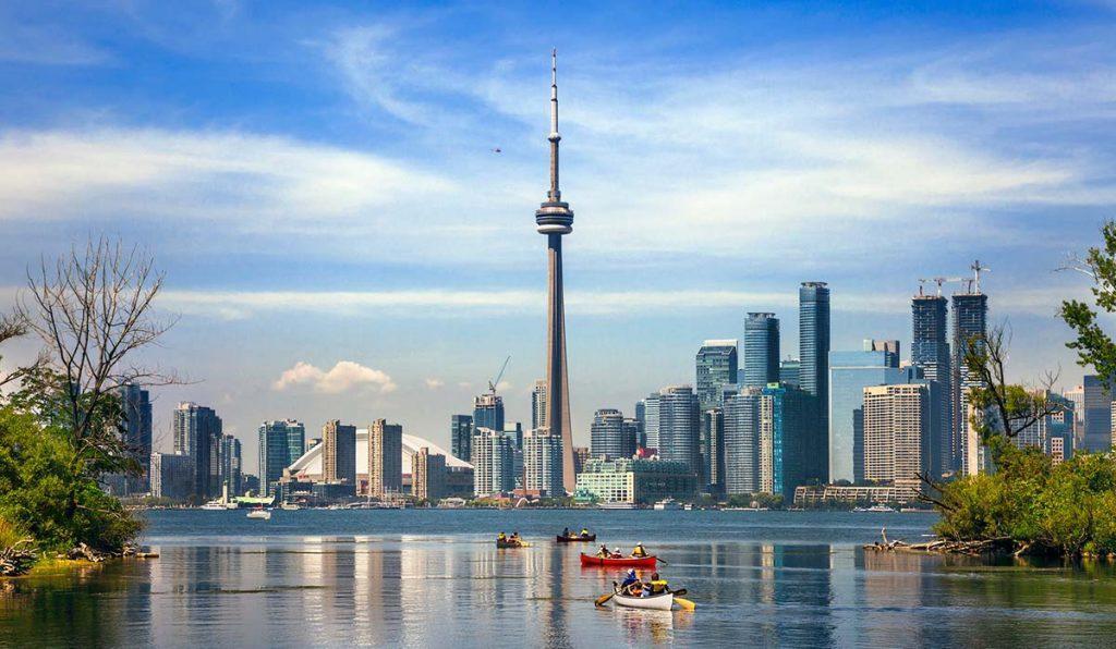 6 جاذبه گردشگری بی نظیر در تورنتو کانادا