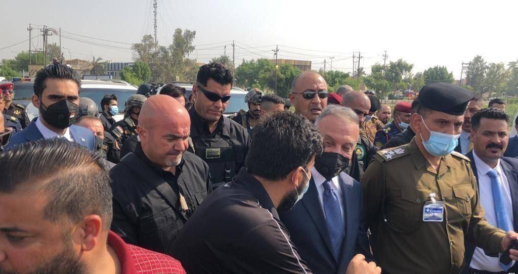 خبرنگاران نخست وزیر عراق با تظاهرکنندگان ناصریه ملاقات کرد