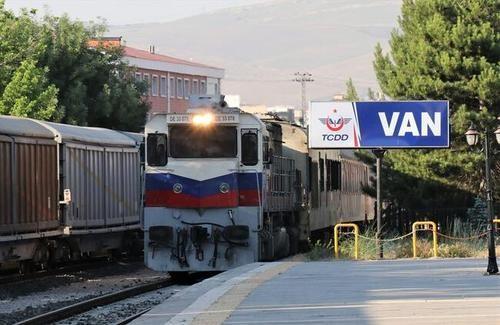 کرونا اجازه سفر به ترکیه با قطار را می دهد؟