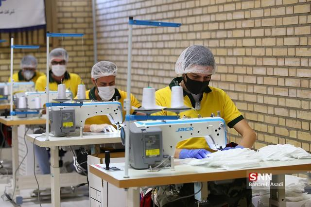 20 هزار ماسک سه لایه هر روز در دانشگاه آزاد شاهرود فراوری می گردد