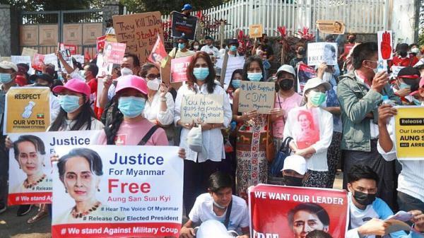 موج بازداشت ها در میانمار، تظاهرات علیه کودتا وارد دومین هفته شد